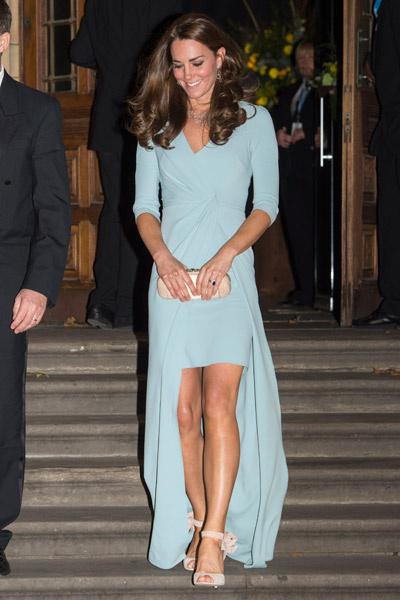 Платье герцогини оказалось с секретом