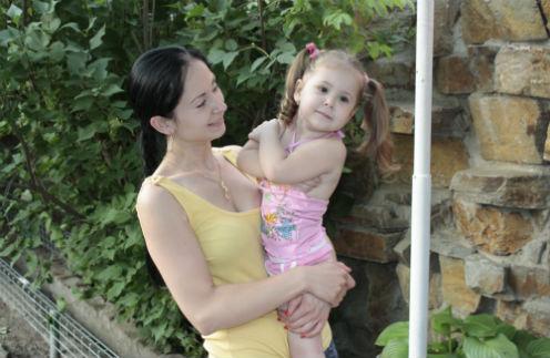 Трехлетняя Лера сильно повзрослела за время болезни