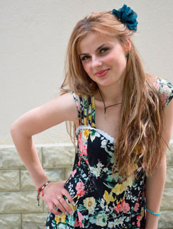 «У цыган все эти годы я была русской, а русские считали цыганкой», – рассказывает 21-летняя Оля Романович