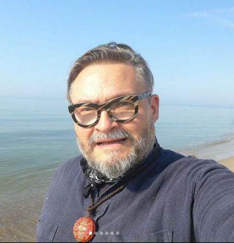 Александр Васильев о рождении ребенка: «Еще не поздно, я равняюсь на Табакова»