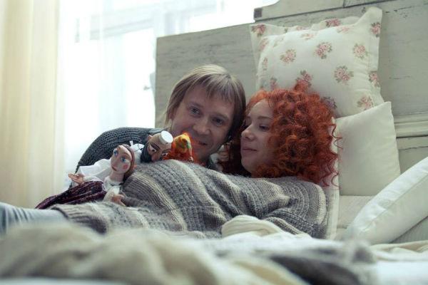 Евгений Миронов и Чулпан Хаматова стеснялись совместных постельных сцен