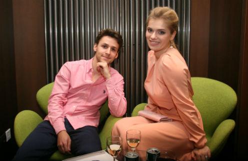 Внучка актрисы Алисы Фрейндлих Анна Тарасова с возлюбленным Алексеем