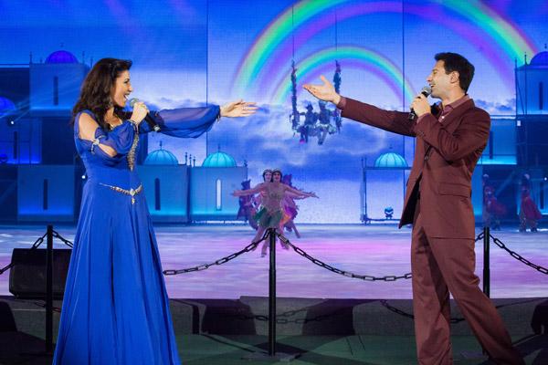 Антон Макарский и Жасмин на премьере шоу «Алладин и Повелитель огня»