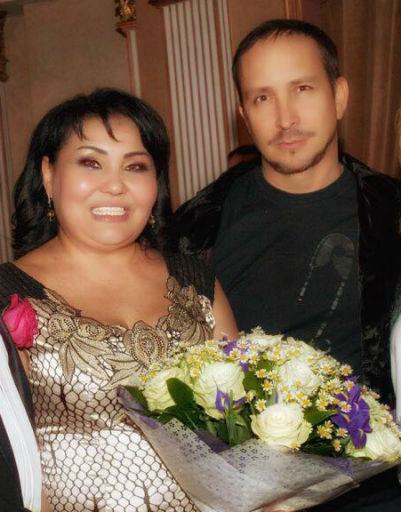 Певец Данко приехал поздравить Клару Кузденбаеву