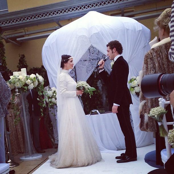 Алина Алексеева и Константин Крюков в момент бракосочетания