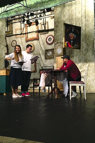 Регина Тодоренко и Влад Топалов познакомились летом 2017-го во время работы над спектаклем «Заложи жену в ломбард»