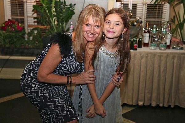 Соня с мамой Ириной  Королевой, 9 октября 2012 года