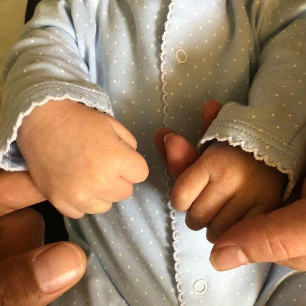 Джереми показал первую фотографию новорожденного сына