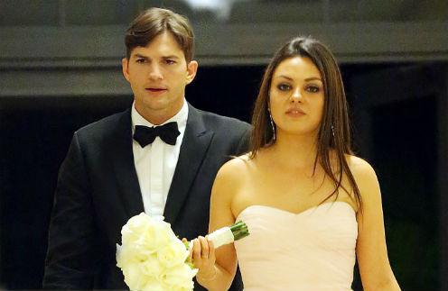 Мила Кунис и Эштон Катчер на свадьбе брата актрисы