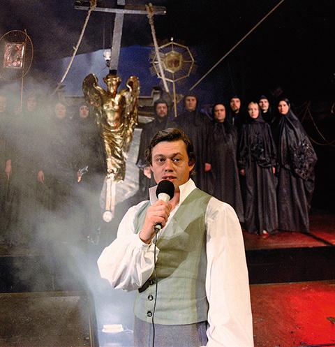 Наряд Караченцова из спектакля «Юнона и Авось» можно будет увидеть в Бахрушинском музее