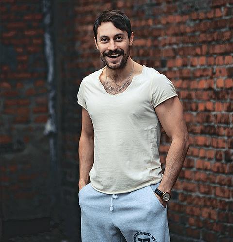 Актер получил несколько предложений после съемок в клипе группы «Ленинград»