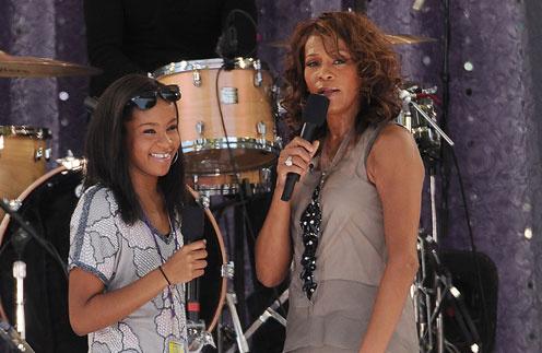 Бобби Кристина выступала с мамой Уитни Хьюстон на одной сцене