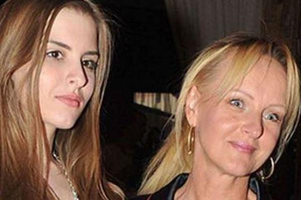 Светлана с дочерью Натальей