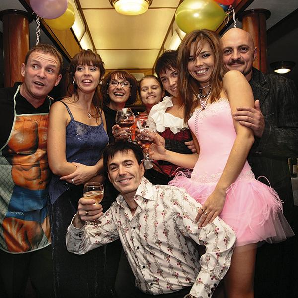 День рождения Натальи Сенчуковой в 2008 году. На фото – со звездными гостями праздника