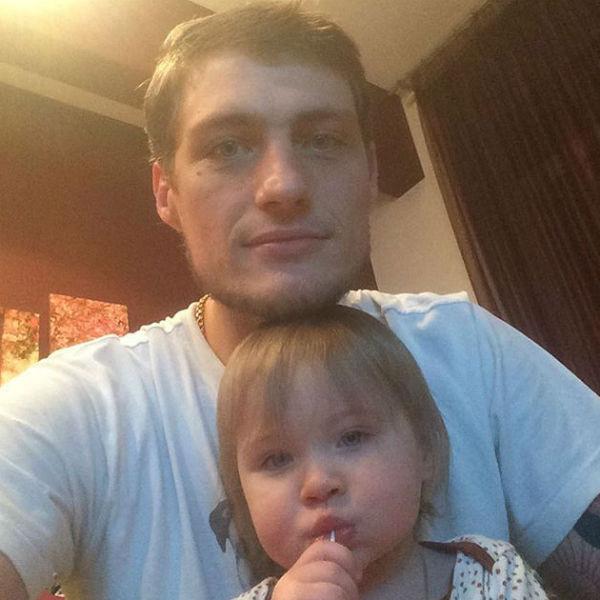 Александр Задойнов с младшей дочерью
