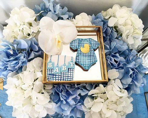Подарок для молодой мамы Галины Юдашкиной