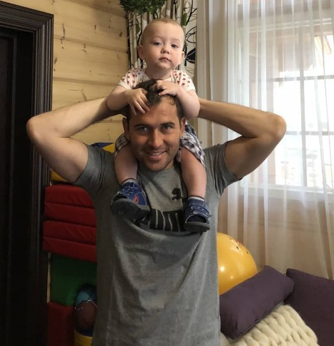 Александр Кержаков с сыном