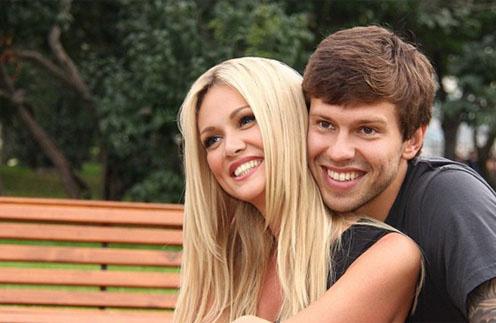 Виктория Лопырева и Федор Смолов: неужели свадьба не состоится?