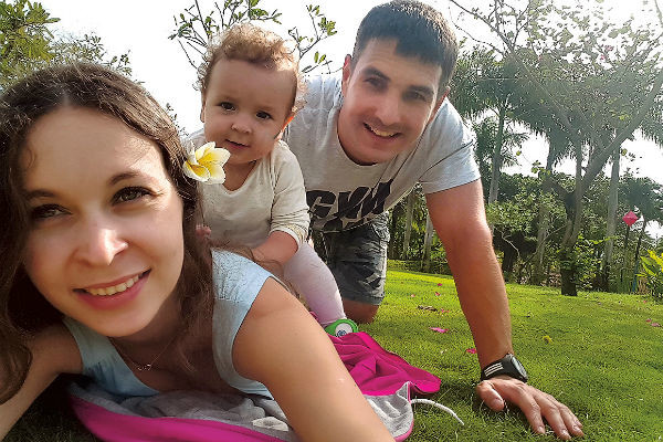 Через пять лет после свадьбы Алексей и Регина стали родителями