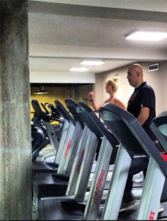 Валерия и Иосиф Пригожин в фитнес-клубе