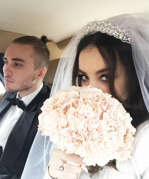 Виктория и Дмитрий расписались 14 апреля