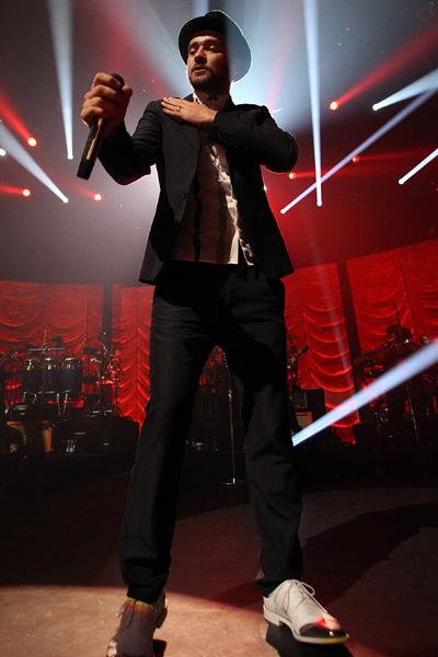 Джастин Тимберлейк на концерте в Лондоне 29 сентября