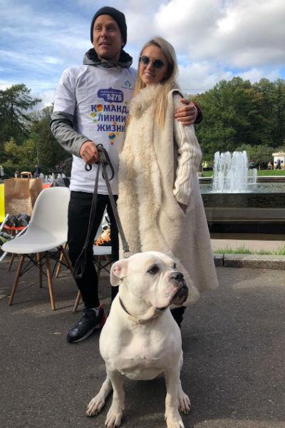 Милана Кержакова и Митя Фомин на благотворительном забеге