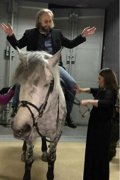 Мария Голубкина прививает Борису Ливанову любовь к лошадям