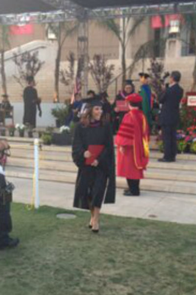 Ева на вручении диплома