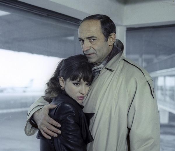 Анна Самохина и Валентин Гафт. Кадр из фильма «Воры в законе»