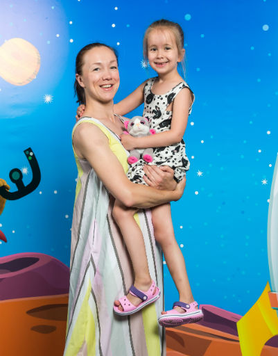 Дарья Мороз с дочерью