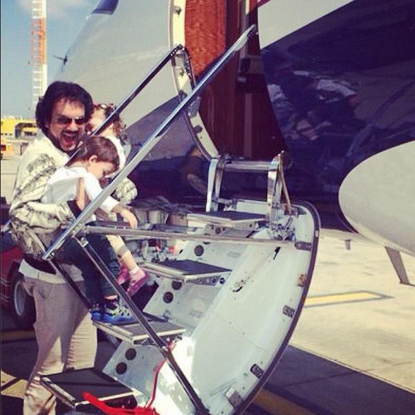 Филипп отправляется с детьми в новый полет