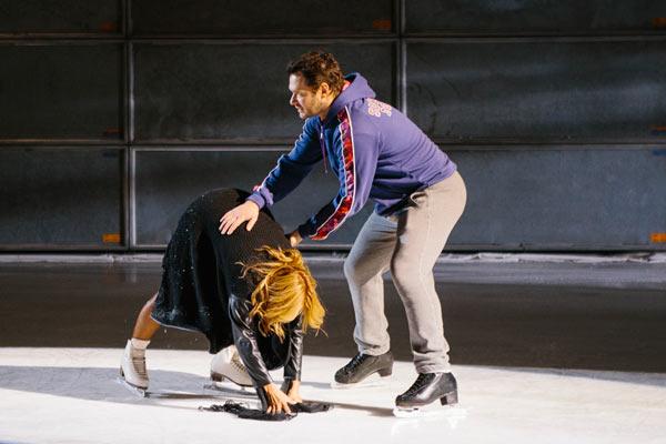Алексей поддерживал Аниту на съемочной площадке