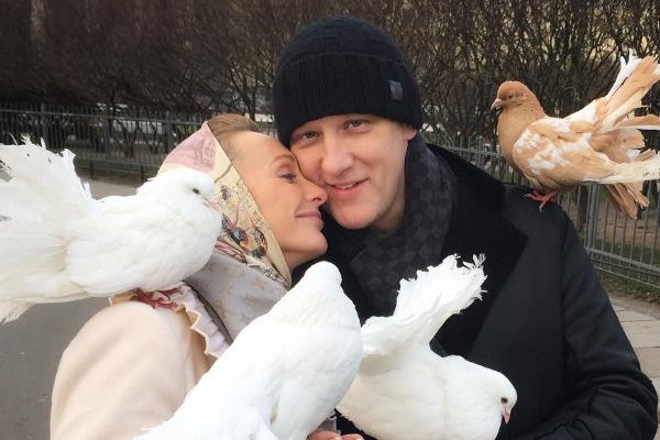 Сергей с Полиной воспитывают шестерых детей