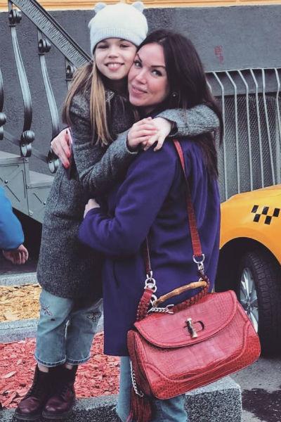 Оксана Тарасова с дочерью