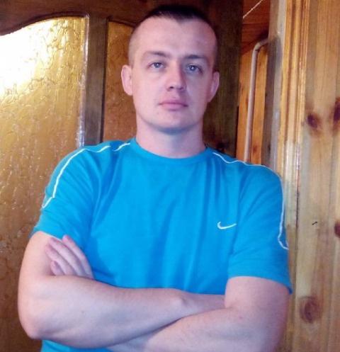 Май Абрикосов