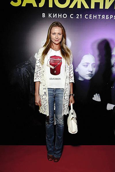 Актриса на премьере фильма «Заложники», Москва