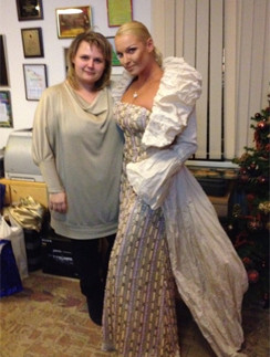 Анастасия Волочкова в платье от Светланы Лялиной