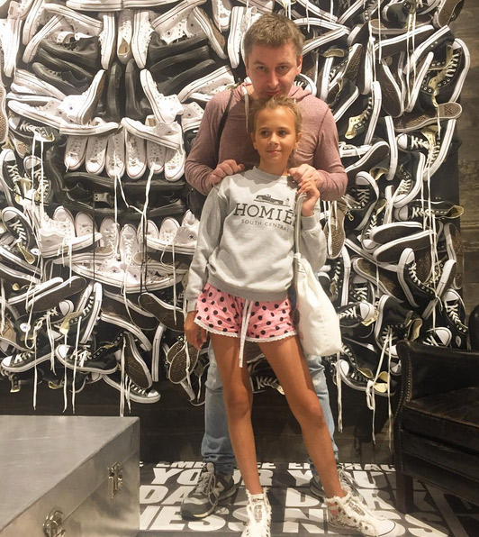 Дмитрий Алмазов с дочерью Саши Зверевой Василисой
