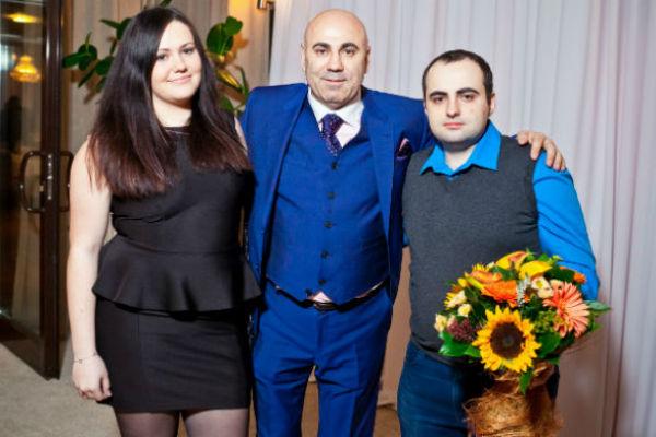 Иосиф Пригожин с детьми от первого брака