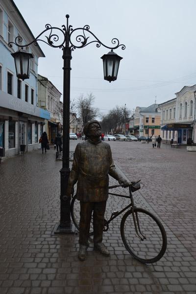 Велосипед Константина Циолковского чинят несколько раз в год