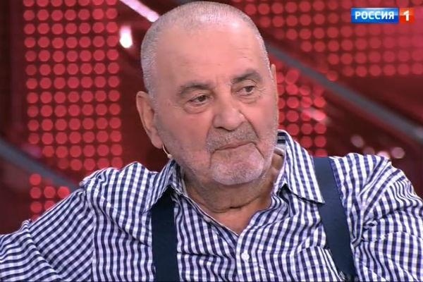 Сосед Баталова долгие годы отказывался сносить баню