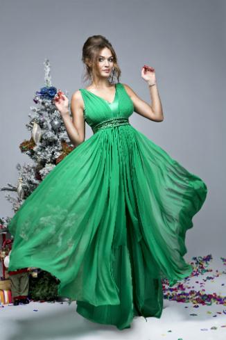 Алена Водонаева в платье Zarina