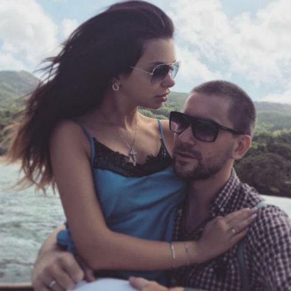 Катя Жужа души не чает в супруге