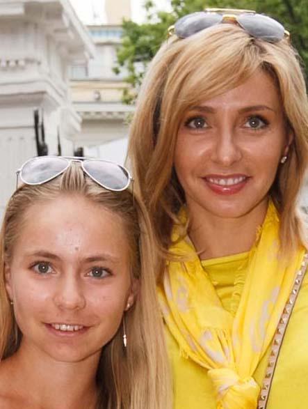 Татьяна Навка с дочкой Сашей