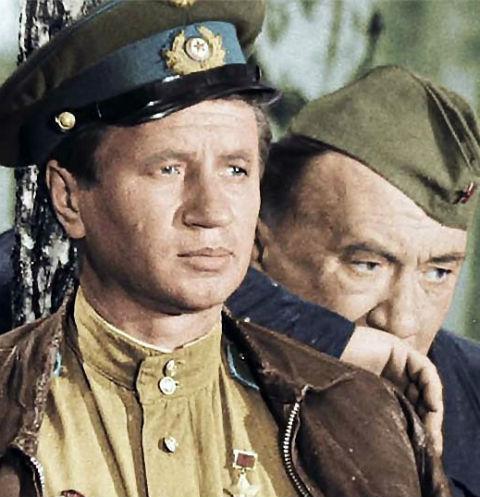 Фильм «В бой идут одни «старики» вышел на экраны в августе 1974 года
