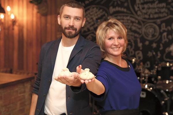 Мария и и Владимир встретились в ресторане «ДжонДжоли»