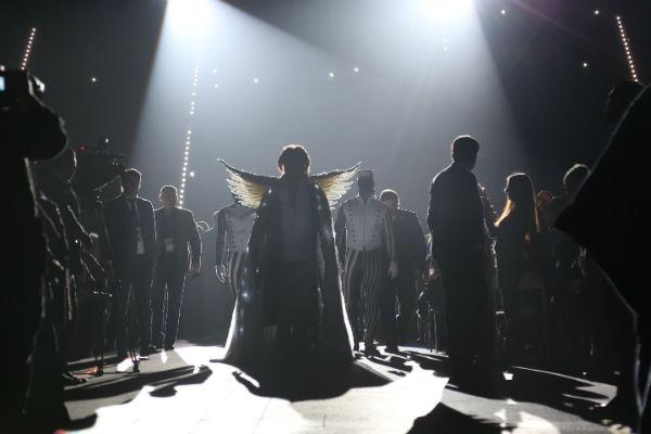 Филипп Киркоров перед выход на главную сцену