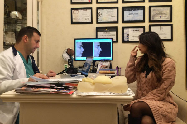 Тигран Алексанян объяснил девушке, какие именно изменения произойдут с ее носом