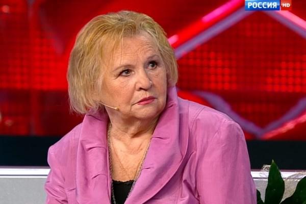 Нина Гуляева поддерживала тяжелобольного супруга